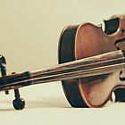 Violin  by Kadwell