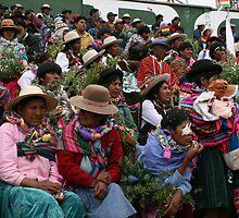 Women anxiously await Bolivian President by Thomas Entwistle