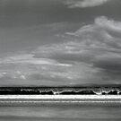 Seven Mile Beach, Tasmania by John  Cuthbertson | www.johncuthbertson.com
