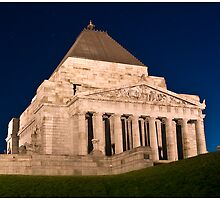 Melbourne Shrine of Remembrance by Grant McCall