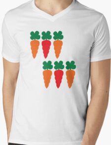 six Carrots cute! Mens V-Neck T-Shirt
