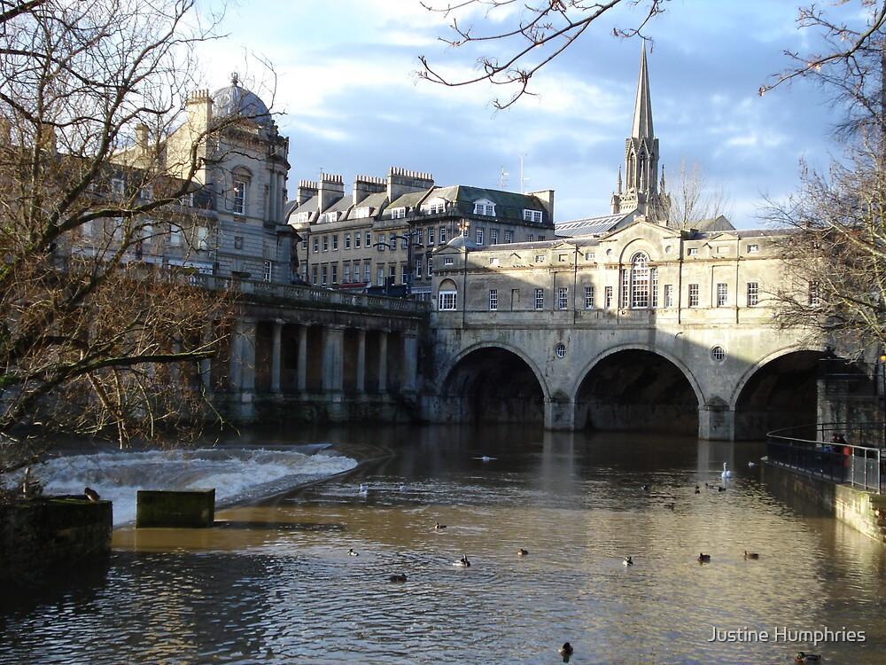 Bath - England by Justine Humphries