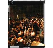 Crowd by night in Lyon iPad Case/Skin