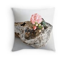 Ikebana-073 Throw Pillow