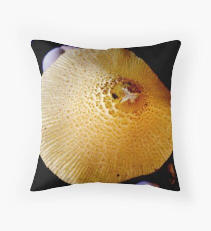 FUNGAS ALIVE IN THE WARMTH Throw Pillow