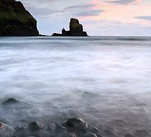 Talisker bay Scotland by Grant Glendinning