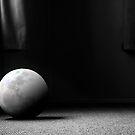 A Still Moon by ElRobbo