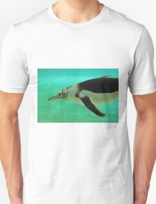 "The Penguin  (2) - Fantastic underwater photo of a penguin in ""flight"" Unisex T-Shirt"