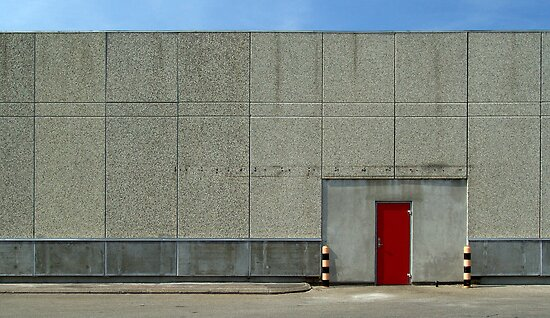 warehouse - the red door by srphotos
