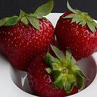 Still life - strawberries by Kiriel