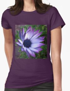 Dream Flower - Beautiful Blue Bokeh T-Shirt