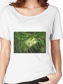 Callistemon flower Women's Relaxed Fit T-Shirt
