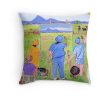 En Plein air... or pesky sticky beaks , or , It won't win the Archibald though will it! Throw Pillow