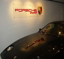 Porsche 928 - pic E.  by RangerFontana