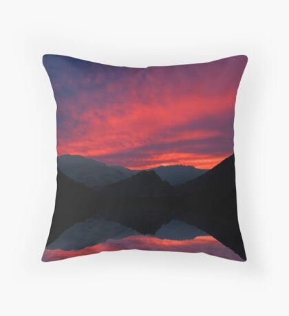 Lakeland sunset Throw Pillow
