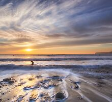 Surfers Paradise by manateevoyager