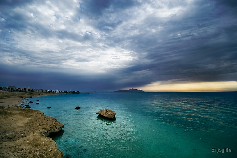 sunrise and turquoise water by Enjoylife