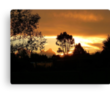 Sunset At Pukerau - Southland New Zealand Canvas Print