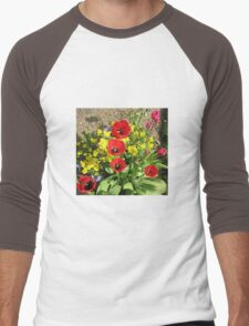 Colourful Corner - Vibrant Red and Pink Tulips Men's Baseball ¾ T-Shirt