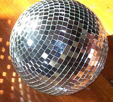 Large Disco ball by karen66