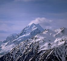 Mt Cook / Aoraki / New Zealand by David Jamrozik
