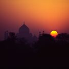 Taj Mahal at sunrise by logomomo
