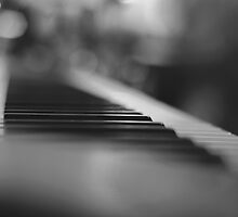 Music glimpse by monicamarcov