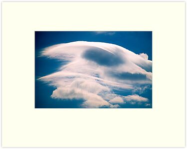 Lenticular Cloud by Ern Mainka