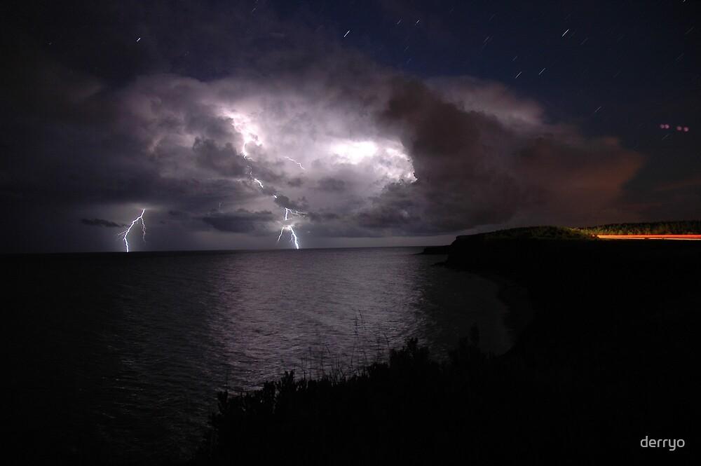 Atlantic Lightning by derryo