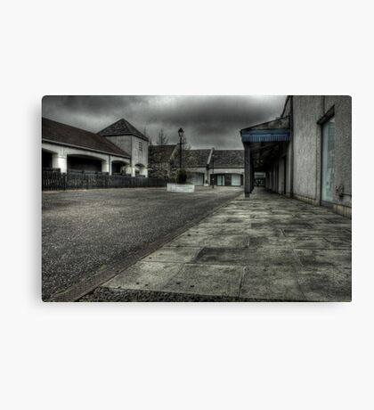 Walk these streets alone Canvas Print