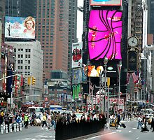 Times Square by risingstar