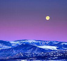 Moonset by Steve  Taylor