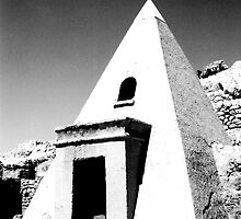 Valley of the Slaves Tomb, Egypt by noddybuns