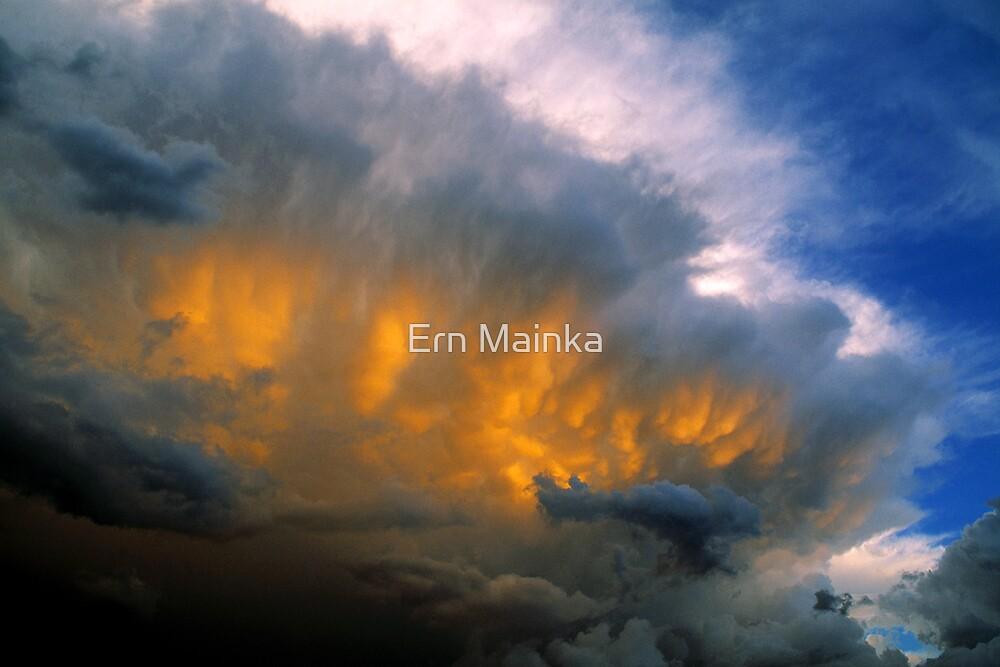 Cumulonimbus I by Ern Mainka