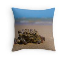 stay very still... Throw Pillow