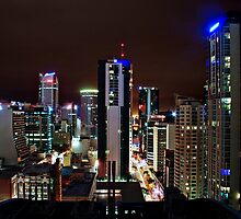 Brisbane at Night by Sebastian J. de Koning