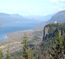 Columbia River Gorge Crown Point by TimsWorld