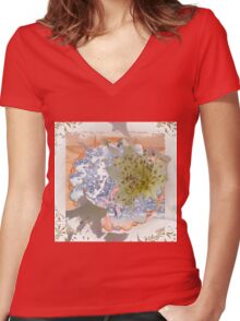 Baby's Breath Women's Fitted V-Neck T-Shirt