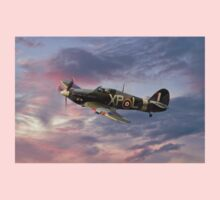 Hawker Hurricane - Evening Sortie Kids Clothes