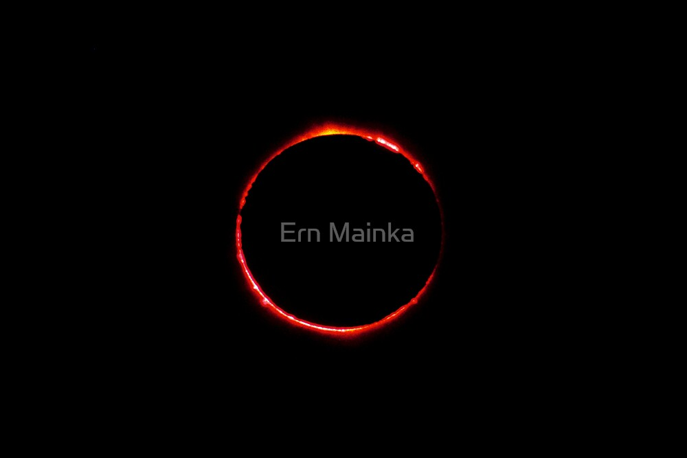 Total Solar Eclipse 4 December 2002 by Ern Mainka