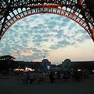 01 - UNDER THE EIFFEL TOWER (D.E. 2005) by BLYTHPHOTO