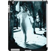 Apparition iPad Case/Skin