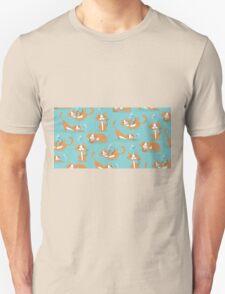 Cute Christmas Cat Unisex T-Shirt