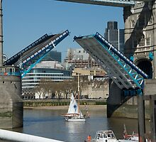 Tower Bridge opens by Paris Franz