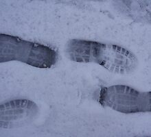 Footprints in snow by Visuddhi