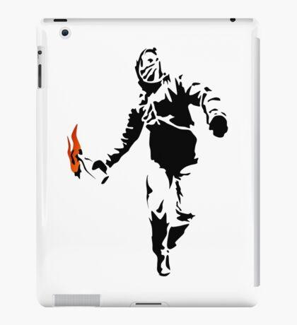 Stencil Rioter iPad Case/Skin