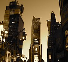 Times Square  by dwenden