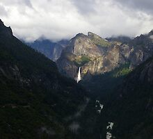 Yosemite Falls (Far) by berndt2