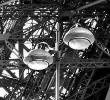 La Tour Eiffel by barbara  heide