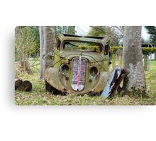 Cut the rope, & I'll be on my way! - Old car - Southland - New Zealand Canvas Print
